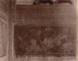 Close view of carved dado panel in red sandstone in the Turkish Sultana's House, Fatehpur Sikri 1003639